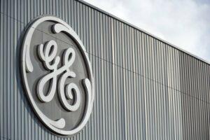 7793763273 la devanture d une usine general electrics a belfort en france le 8 decembre 2011