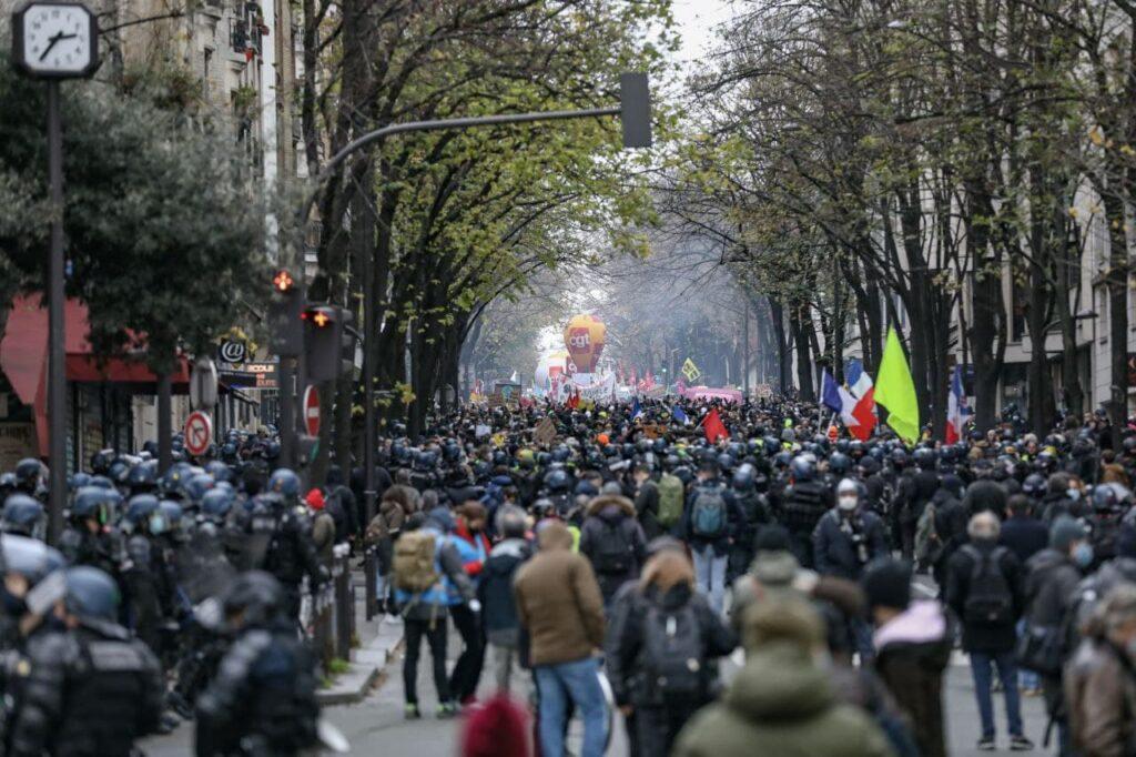 Foule Paris 5 decembre 1