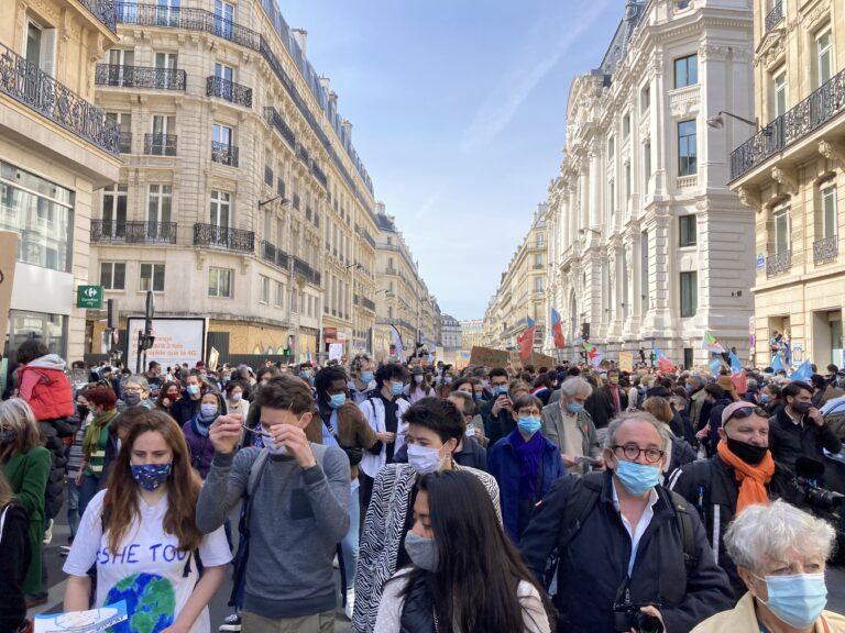 Foule Paris 2